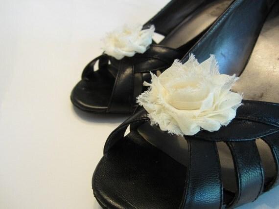 Shabby Chic Ivory Cream Chiffon Rosette Shoe Clips. Wedding Photo Prop Toddlers Girls Women
