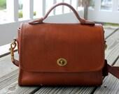 Authentic Classic Vintage Coach Bag -   Walnut Court Cross Body Shoulder Bag/Purse/Handbag in Leather