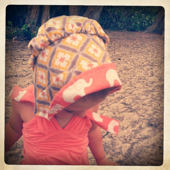 Baby Bonnet - Vintage inspired reversible (6-12 mos)