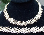 TRIFARI Vintage Gold Tone Necklace & Bracelet Set c 1970