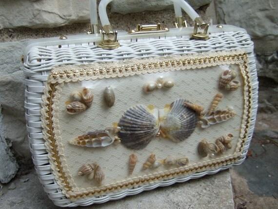 Vintage Wicker Shell Handbag c 1960