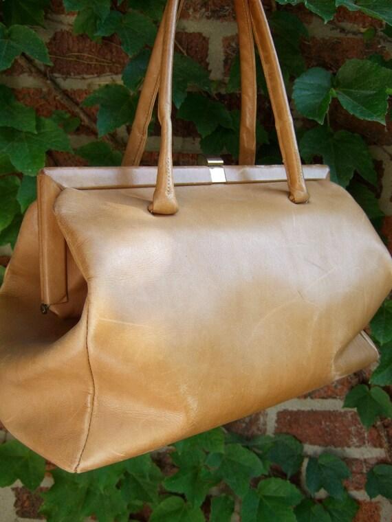 1960s Large Tan Leather Doctor Style Handbag
