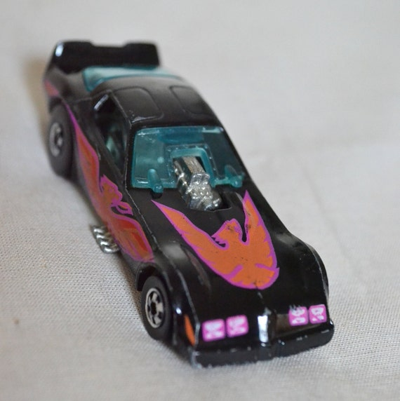 Hot Wheels Firebird Funny Car 1977 Black Kellogg Special Edition Drag Racer Pontiac made in 1986 Pink Orange 1980s collectible Gift
