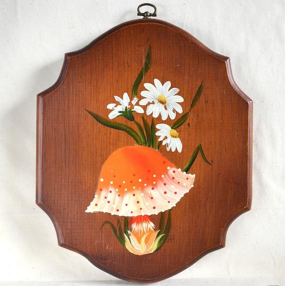 Mushroom Vintage Wood Wall Hanging Plaque. Hand Painted. Orange Spotted w/ Daisy Flowers. Wooden Woodland Meadow Mushroom. Retro Gift