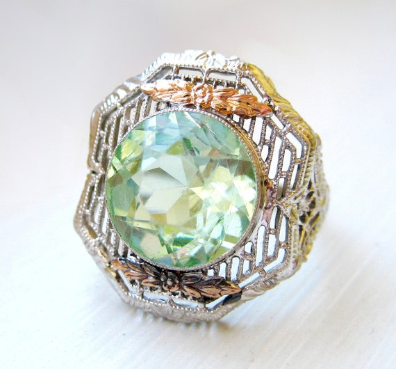 Vintage Filigree Art Nouveau White Gold Ring Green Stone With Rose Gold Accents