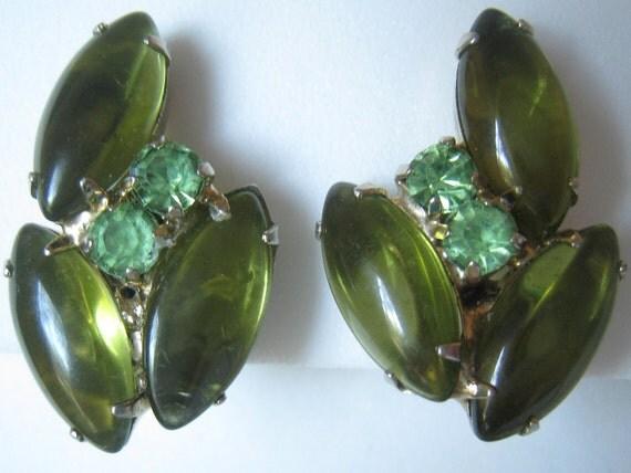 CLEARANCE Vintage Green Rhinestone & Dark Green Marquis Cabochon Earrings