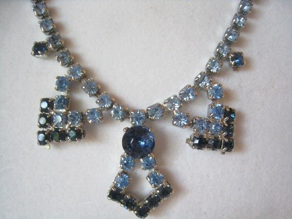 CLEARANCE Vtg Rhinestone Necklace Light Blue with Darker Blue Accents