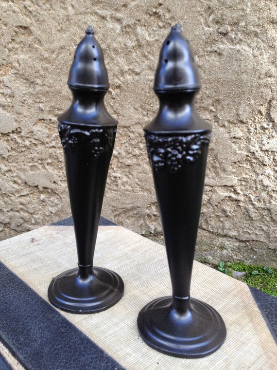 Vintage Tall Metal Salt And Pepper Shakers Oil By Eightysix56