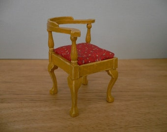 One Inch Scale Dollhouse Miniature Furniture Corner Covered Chair