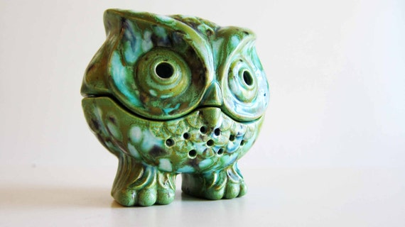 Owl figurine Collectable Vintage Owls Planter, Pen Holder, tea light holder green turquoise