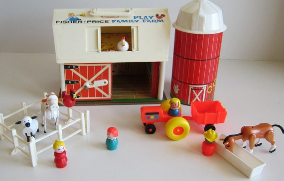 Fisher price Family Farm Barn with Silo  little people toy vintage 1970's toy