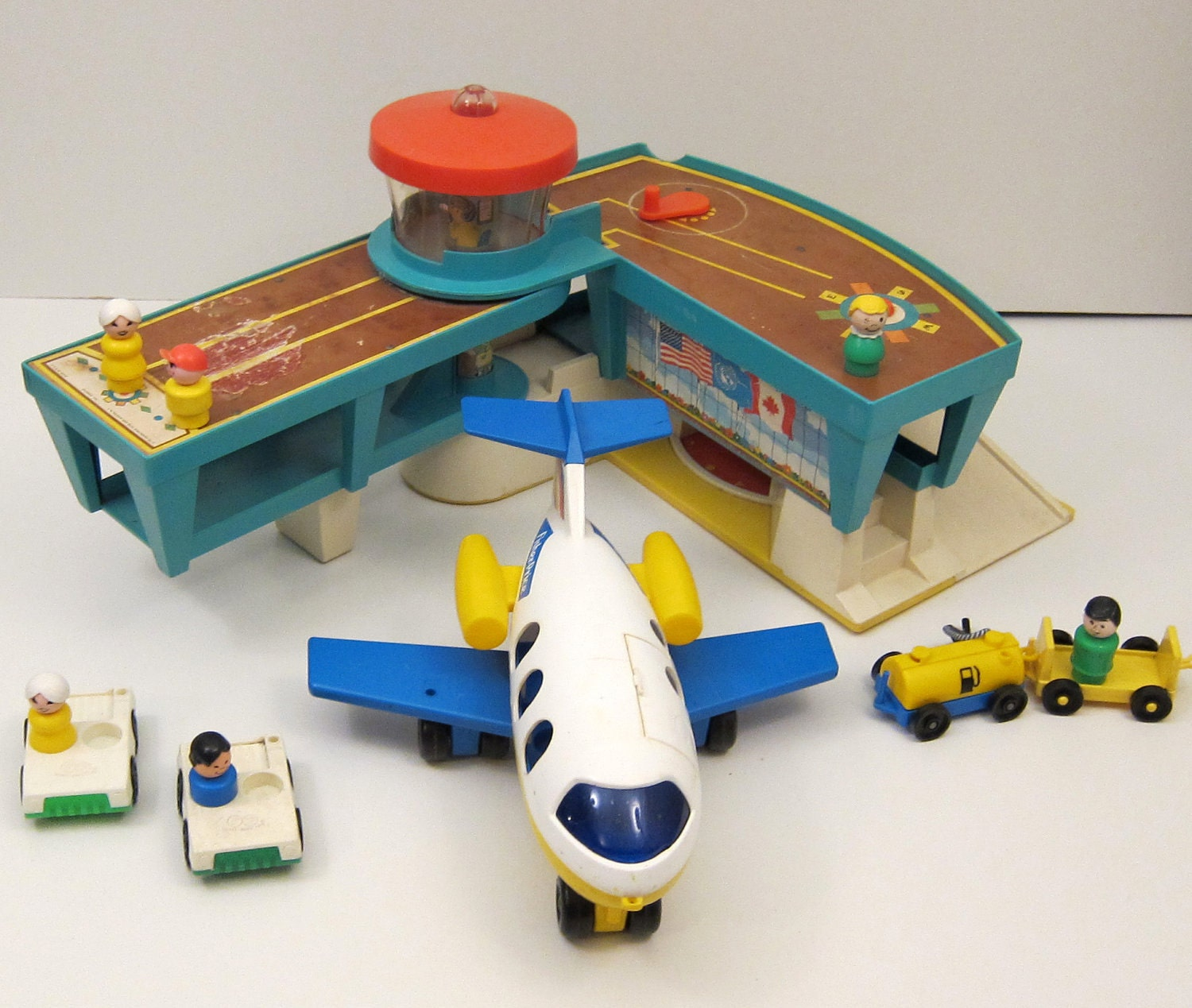 1970 S Toys : Fisher price airport wtih airplane and little people toy
