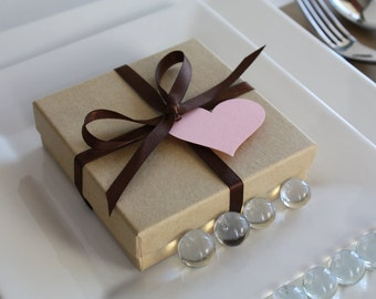 Natural Kraft Favor Box - favor box with ribbon and tag.