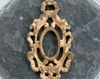 Vintage Framex Rococo Brass Findings.  6 pcs.