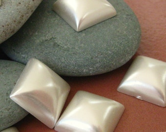 Vintage 15mm Square Pearl Cabs.  1 dz.