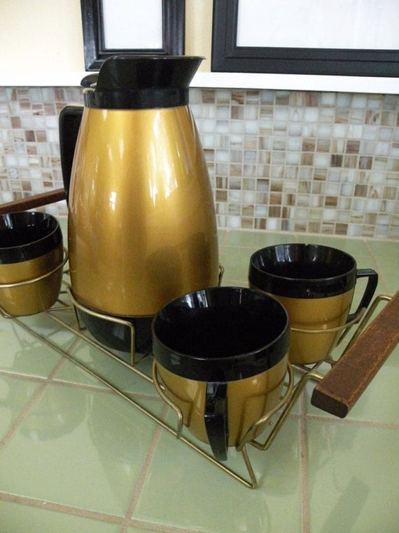 Super Cool Thermoware Coffee Carafe and Cups With Serving Carrier