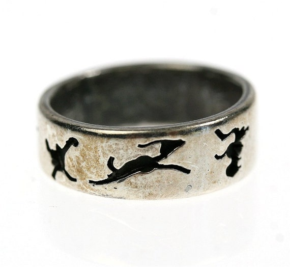Vintage Silver Ring with Engraved Animals, Ethnic / Tribal size 7.25