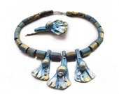SALE 50% OFF, A Necklace With Driftwood Beads And Shells, Free Gift (hair decoration).