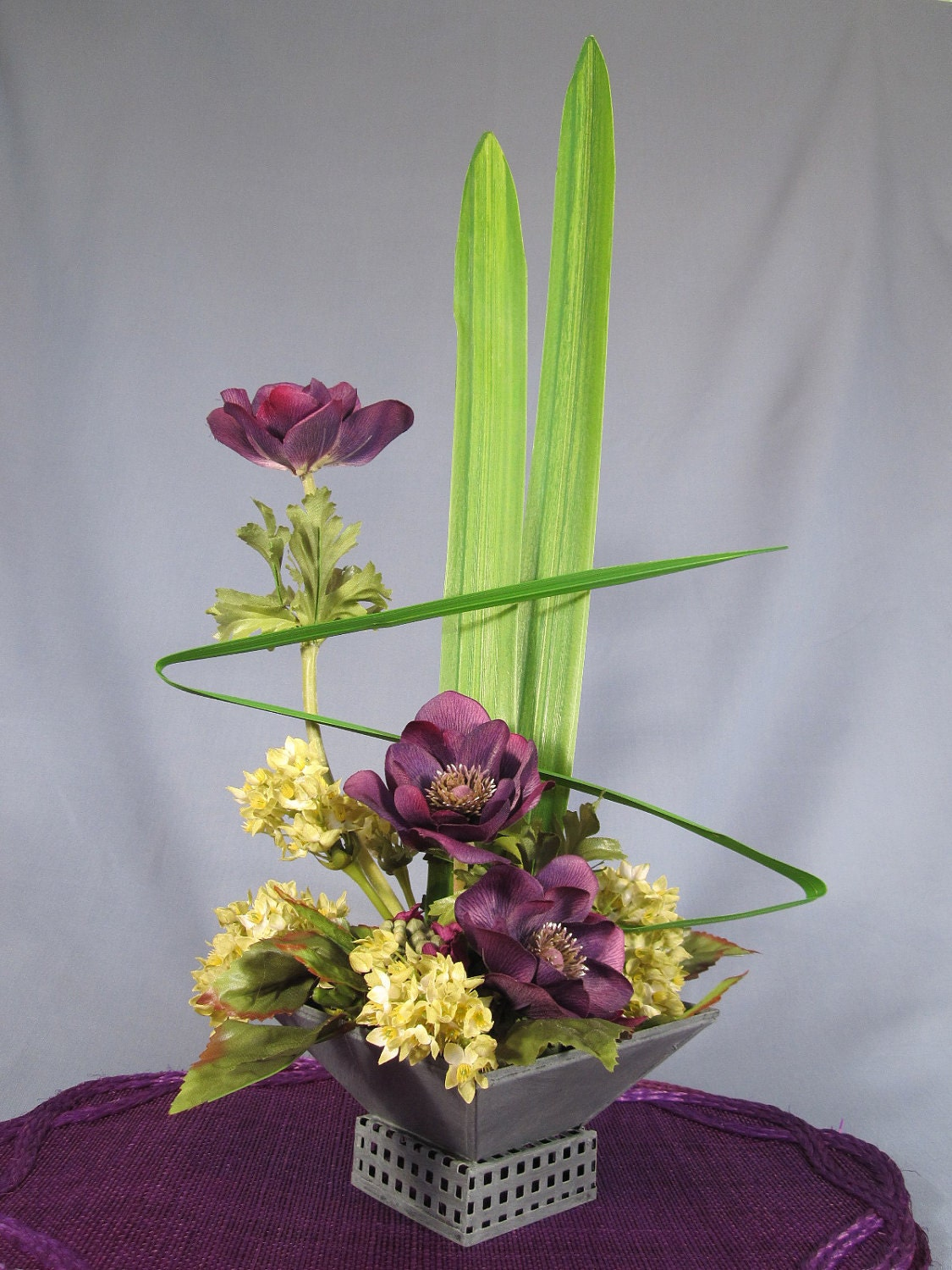 Unusual arrangement images Floral creations