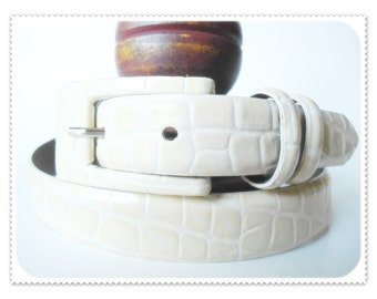 Italian Leather IVORY Croco Crocodile Reptile Embossed TAROX Skinny Narrow Womens Belt Size L Large