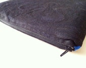 Padded iPad Case with Zipper