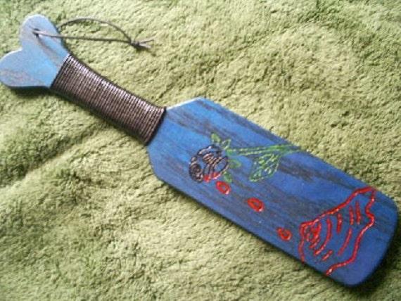 Engraved Bleeding Black Rose Red Oak Paddle