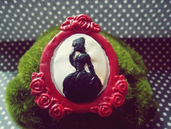 Victorian Lady Cameo Brooch (white/black on a red setting)