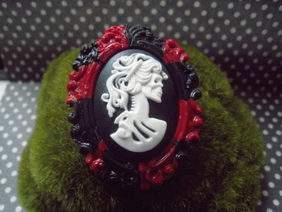 Skeleton Lady Cameo Brooch (black, white, and red)