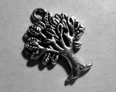 Tree Roots Plant Leaf Leaves Earth Day 1 pc Silver Pewter Charm