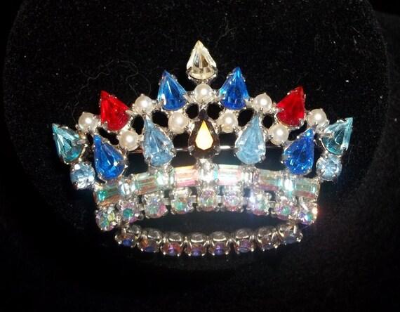 Fabulous Vintage B David Rhinesone Pearl Crown Brooch Pin - DD8