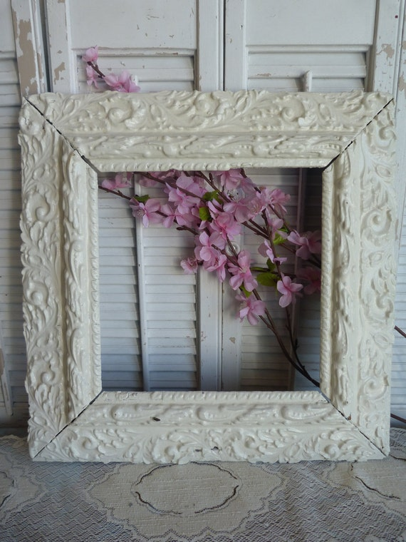 Vintage Chic Wood White Frame Parisian Chic , Wood Frame, Rustic,Ornate Frame Wedding Decor Shabby and Chic Ornate Frame