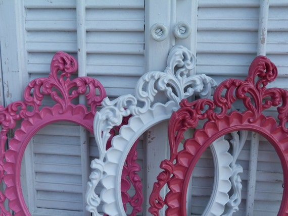 Vintage Italian Ornate Cottage Chic Oval Frames Set of 3 Pink White Upcycled Wall Decor Girls Teen Room Decor High Regency