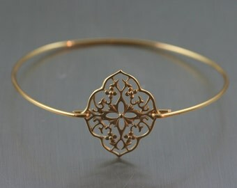 Boho style Gold brass bangle/Gold Bracelet/Kite Shield/Filigree Bracelet/Bridesmaid Gifts/Gypsy Bohimian Jewelry/Brass Bangle Bracelet :)