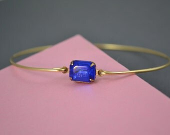 Single stone Sapphire blue modern  bangle bracelet