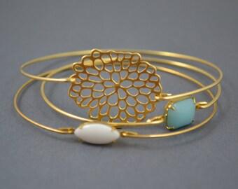 Gold Bangle, Gold Bracelet, Wire Bangle, Flower Bracelet, Christmas Gift for Mom, Gift for Grandma, Bridal gift, Stackable Bangles, Mums.