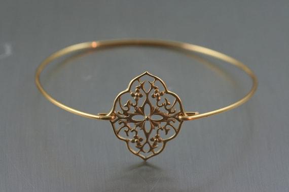 Boho style Gold brass bangle//Gold Bracelet//Kite Shield// Filigree Bracelet//Bridesmaid Gifts//Gypsy Bohimian Jewelry