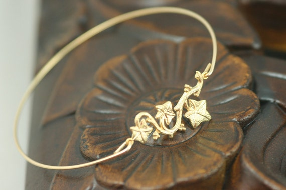Grap vine gold Bangle bracelet