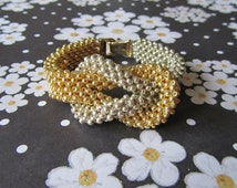 Cubic Right Angle Weave .....the basics  & Interchangeable Looped Bracelet PDF