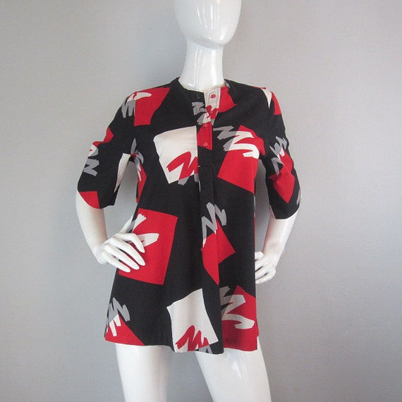 SALE / vintage 80s graphic top / trapeze top / print / tunic top / bold print / electric 80s
