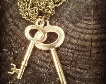 Antiqued Skeleton Key Necklace
