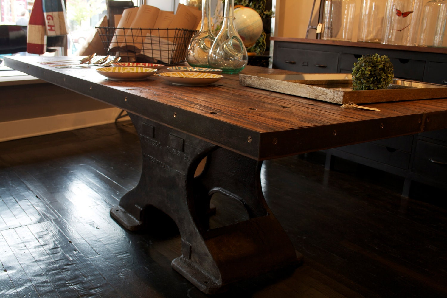 Industrial picker style dining table by mixhome on etsy for Styling a dining table