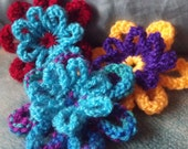 PATTERN - Knitted Flower Pattern: easy knitting pattern, perfect decoration for other projects or wear as a brooch.
