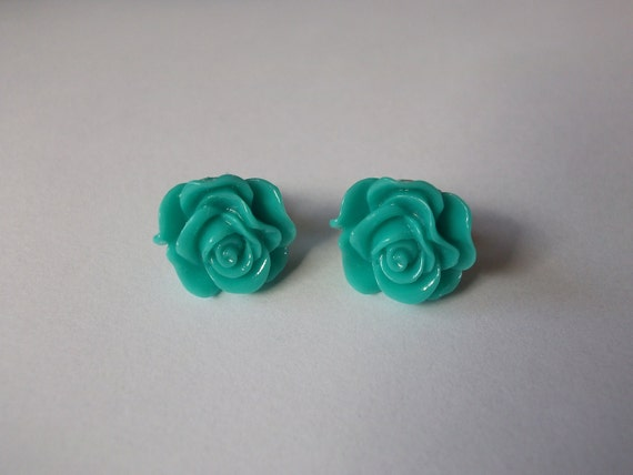 Mint Green Earrings : mint / sea green resin flower studs with silver tone posts