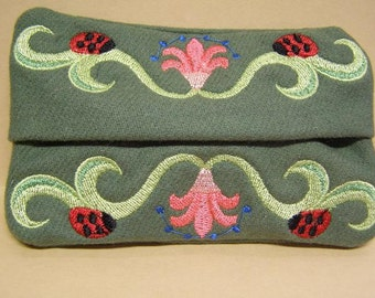 Embroidered Tissue Holder, Tissue Covers, Travel Tissue Case, Purse Tissue Case, Kleenex Case, Tissue Pouch,Flowers, Ladybug Design