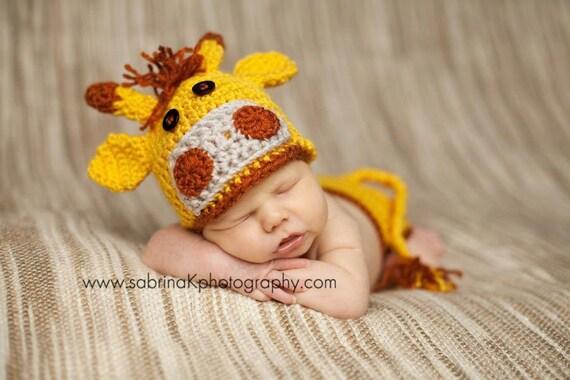 Custom order Newborn crochet giraffe hat and diaper cover set - Photo prop