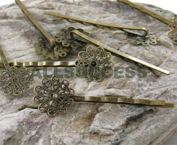 FREE SHIPPING--30pcs Antique Bronze Round Bases bobby pins Round filigree pad size 17mm ,blank setting With round pad,hairpin findings