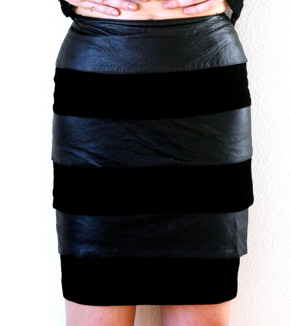 Bandage Tiered Black Leather and Suede Skirt Vintage 80s Small