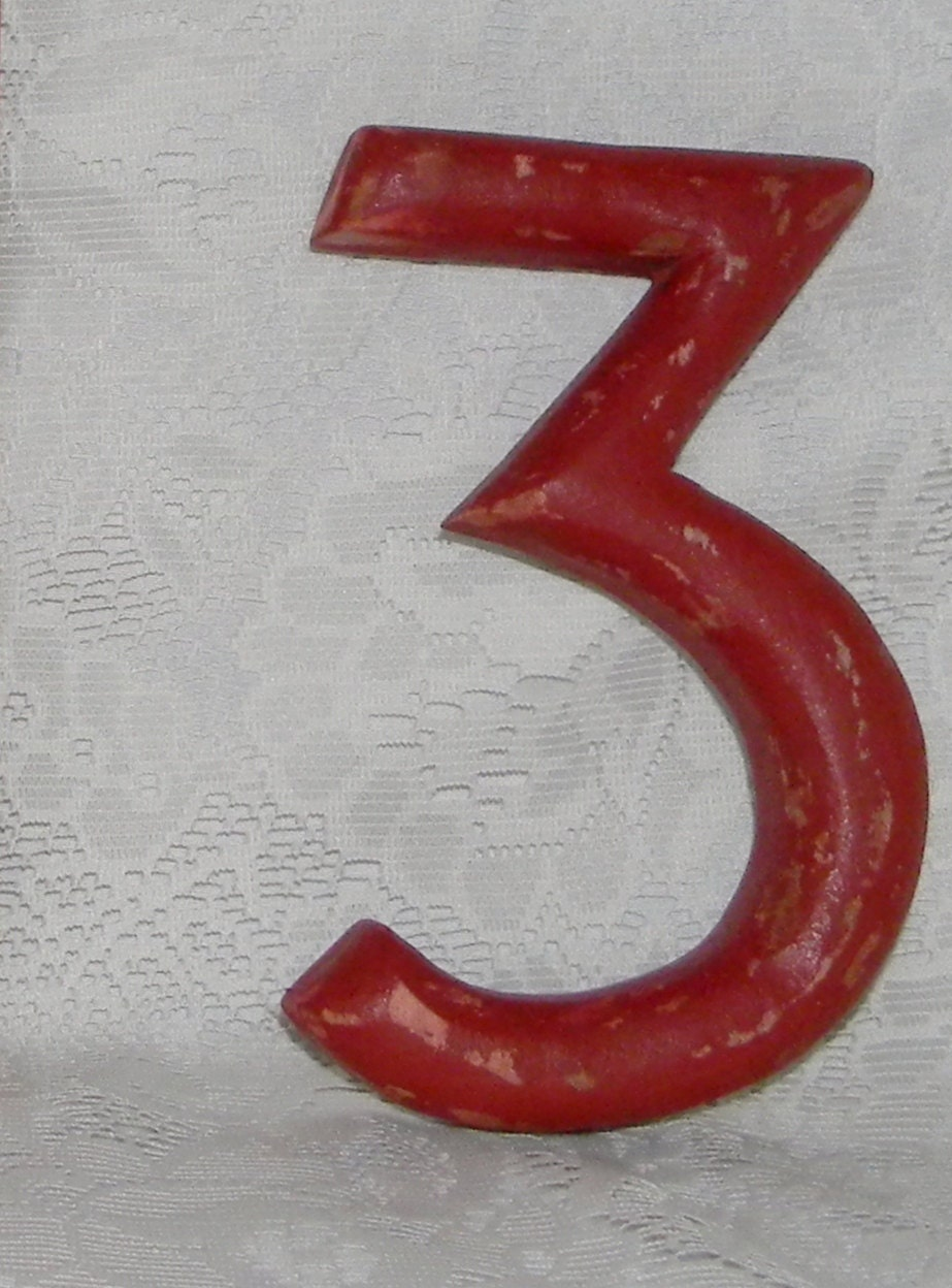 Distressed wood number 3 wall decor rustic primitive numbers for Number 3 decorations