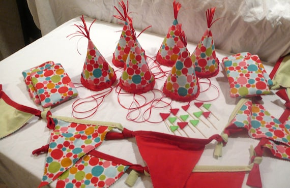 Child's Happy Birthday Party Set - Set of 6