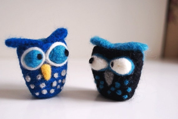 "What Happened ""1"", Two Funny Owls, handmade needle felting"